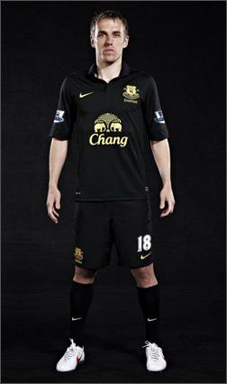 hot sale online 2b1e2 a8ca9 Everton Away Replica 2012-13 - Nike Football Shirt - SoccerBible