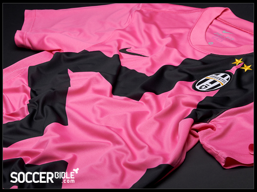 The new 11 12 Juventus Away Shirt is a modern design that pays homage to  the Turin side s illustrious history. Delivered in an audacious bright pink 4e8982289