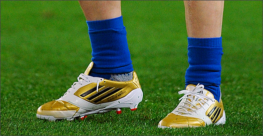 d52222bf6 2011  Messi wins his 3rd Ballon d Or and is hooked up with another  exclusive gold f50.
