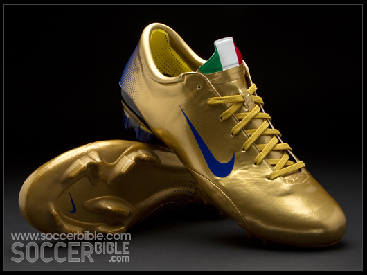 separation shoes 85310 ef580 Nike Mercurial Vapor III Italy Edition - Football Boots Vault