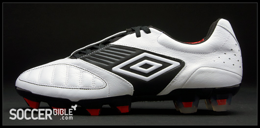 d8f010d4b ... True Red The success and popularity of the relatively new control  category - kick-started by the Top 5 Umbro Boots The Umbro Geometra Pro soccer  shoes ...