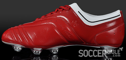 c68b32063999 For this reason the adiPure II football boots are made to a high level of  quality and craftsmanship