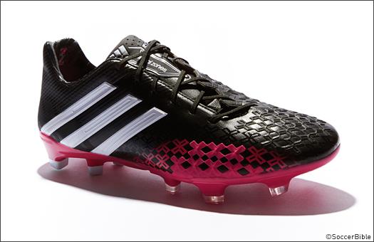 creativo Laboratorio Reproducir  adidas add some berry flavour to a low key Predator LZ design. - SoccerBible