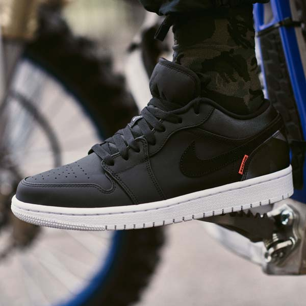 The Psg X Air Jordan 1 Low Has Just Dropped Soccerbible